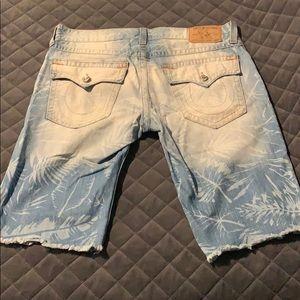Men's size 38 cut off True Religion jean shorts